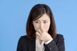 アリシンを摂取しすぎることによって体臭・口臭がキツくなる