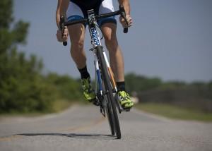 股間に負担をかけないために、自転車に乗り過ぎないことが大切である