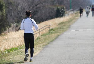 運動する習慣をつけることで精子が増えるので、結果的に妊娠確率上昇につながる