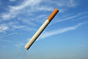 タバコを控える