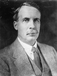 エミュー戦争を引き起こした当人、国防大臣ジョージ・ピアース
