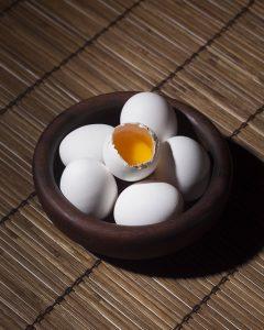 エミュー卵殻それ自体に多数の栄養が入っている